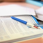 Travail sur table avec cahier